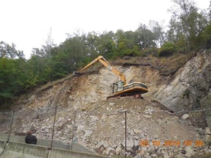 Karlovy Vary, sanace skalního masivu podél silnice I/6