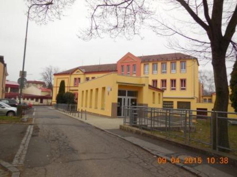 Karlovy Vary, zajištění energetických úspor ZŠ 1. Máje